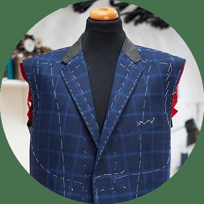 elegancki garnitur szyty na miarę