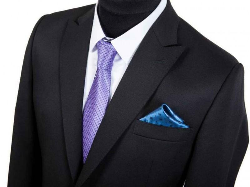 czarny garnitur szyty na miarę