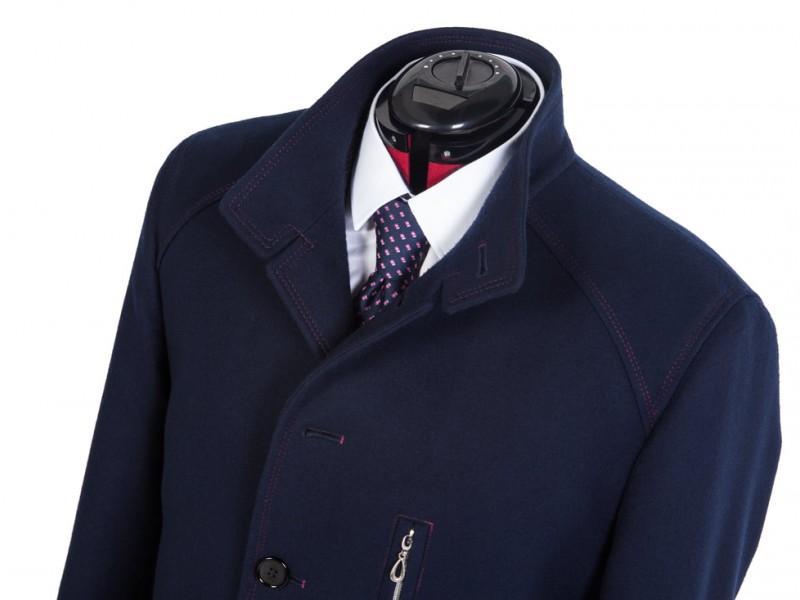 granatowy płaszcz męski szyty na miarę